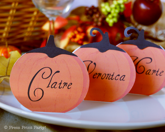 Festive Pumpkin Thanksgiving place cards