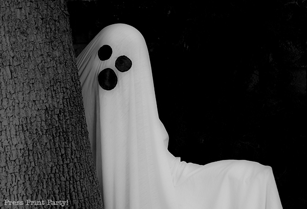 Easy ghost costume tutorial