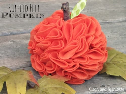 Pumpkin craft ideas -felted pumpkin