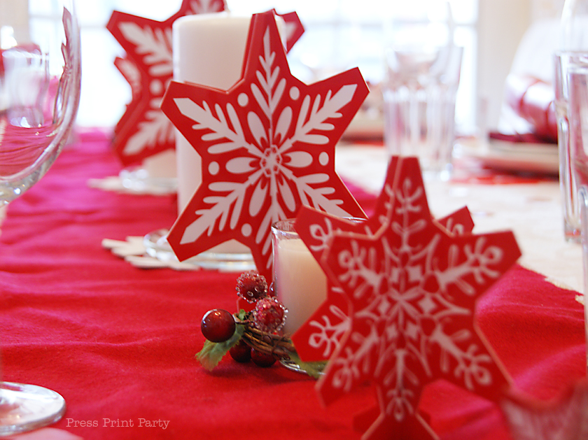 Red and White Snowflakes Christmas Table