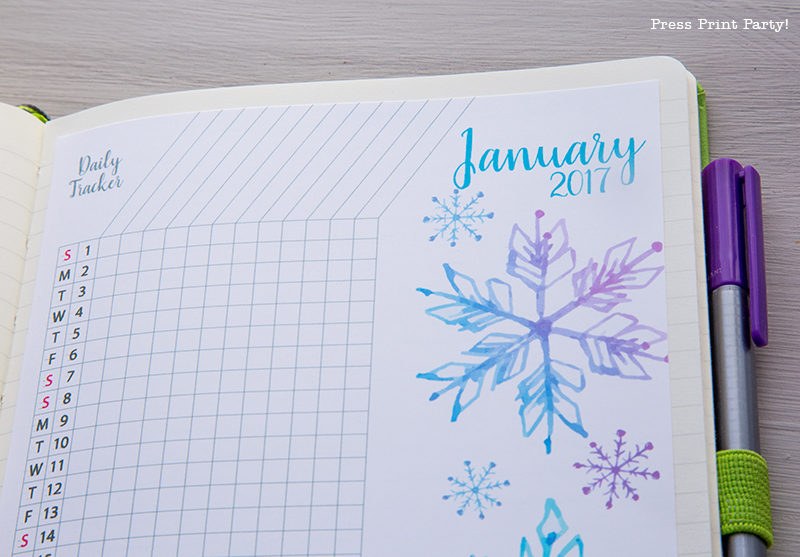 2017 Daily Task Tracker Printable for Bullet Journals – Watercolor Designs