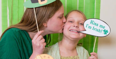 St. Patrick's Day Photo Booth Props {Free Printable}