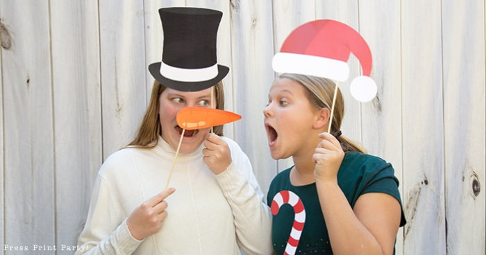37 Fun Christmas Photobooth Props You Can Print Now
