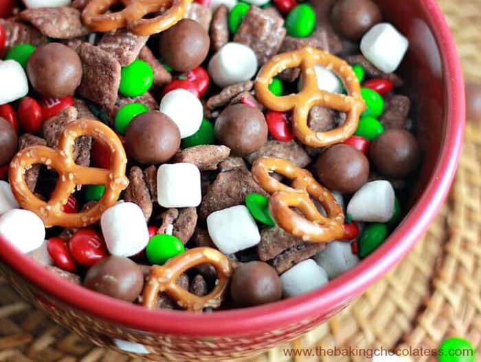 santa reindeer puppy chow sweet chex mix recipe