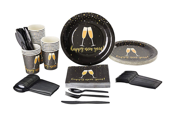 new years party plates, cups and napkins