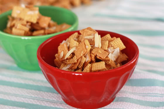 sweet christmas chex mix recipe