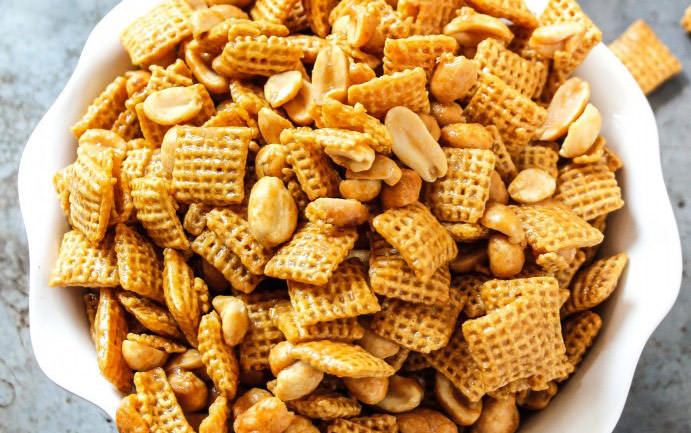 Pay day sweet chex mix with peanuts