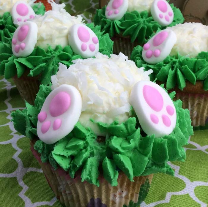 Adorable Easter Treats - bunny butt cupcakes - Press Print Party!