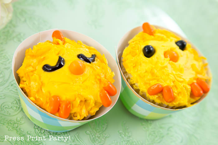Adorable Easter Treats - Chicks cupcakes- Press Print Party!