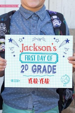 first day of school sign printable notebook style. last day of school sign editable. First day of 2d grade - Press Print Party!