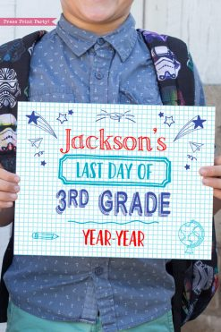 first day of school sign printable notebook style. last day of school sign editable. last day of 3rd grade - Press Print Party!