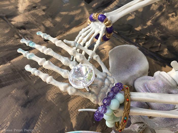 Mermaid jewelery on mermaid skeleton - Press Print Party!