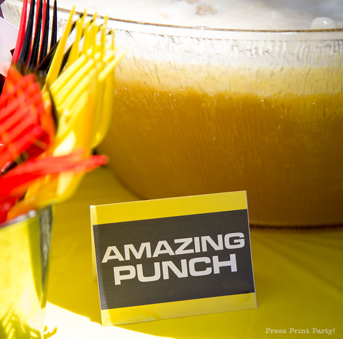 Amazing Race place card food tent for punch yellow and black - The amazing race party ideas - Press Print Party!