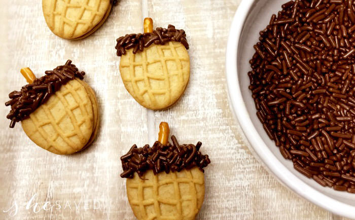 nutter butter cookie acorns - Cute desserts for thanksgiving