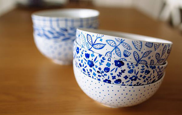 white bowls with blue diy designs drawing. gift for mom