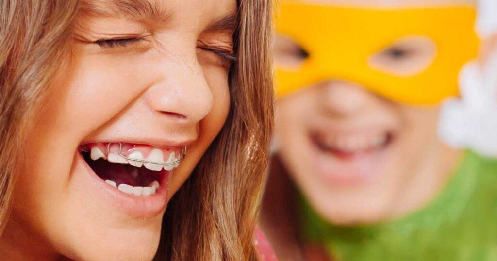 40 funny halloween jokes for kids - corny halloween jokes -Kids laughing at dad jokes - Press Print Party